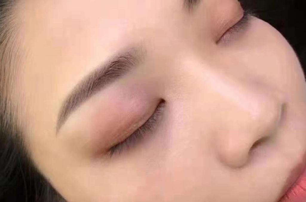 纹眉需要注意的事项有哪些?