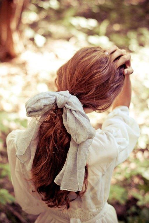女生卷发长发发型图片