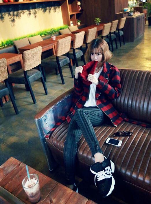 最新女生韩式短发烫发发型图片